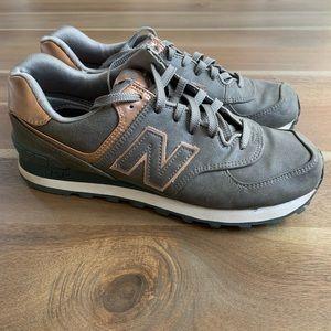 New Balance WL574 Sneaker Size 8